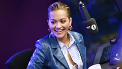 Impossible Karaoke with Rita Ora!