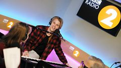 Tom Odell is releasing his Piano Man cover for Children In Need