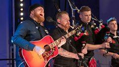 Tom Walker & Red Hot Chilli Pipers - Leave A Light On