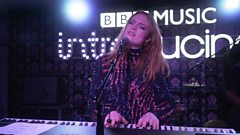 Freya Ridings - Castles (Latitude 2019)