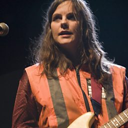 Time Bomb (feat. Scout Niblett)