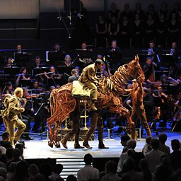 Home they Brought her Warrior Dead (BBC Proms 2014)