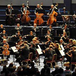 Symphony no. 2 in C minor (Resurrection) for soprano, alto, chorus and orchestra
