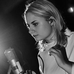 Station (Radio 1 Session, 19 Nov 2014)