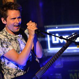 Supermassive Black Hole (Radio 1 Live Lounge, 11 Sep 2015)