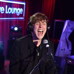 Love Me Like You Do (Radio 1 Live Lounge, 15 Sep 2015)
