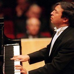Piano Concerto no.3 in C major, Op.3 (3rd mvt)