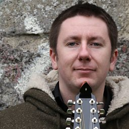 The Creggan White Hare (feat. Dónal Lunny)
