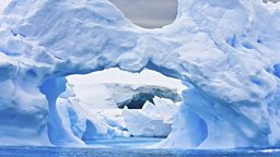 Storing ice in the Antarctic 在南极储存冰