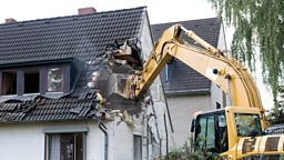 Demolish vs destroy 拆毁还是毁灭?