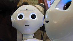 "Russian athletes and friendly robots 俄罗斯运动员服用兴奋剂,""合作机器人"""