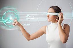 Is VR the new reality? 虚拟现实会成为现实吗?