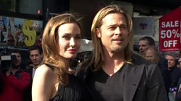 Angelina Jolie to divorce, Karaoke star at 80 安吉丽娜·朱莉提出离婚申请,八十岁老人出唱片