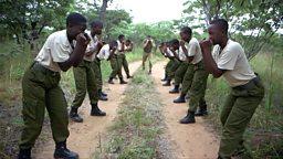 All-female anti-poaching rangers 津巴布韦全女子反偷猎巡逻队