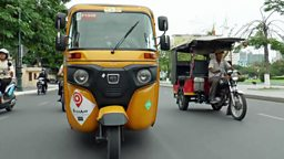 "Cambodia's tuk-tuk rivals 柬埔寨 ""突突车"" 遇竞争对手"