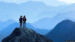 """Top, summit, peak 辨析表示 """"顶端"""" 的名词"""