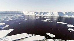 Melting glacier 南极冰川加速消融