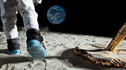 Plans to land first woman on the Moon 美国国家航空航天局计划送首位女性登月