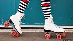 Roller-skating making a comeback 轮滑运动再度流行 掀起健身新风尚