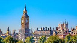 Working on Big Ben 英国大本钟维修竣工倒计时