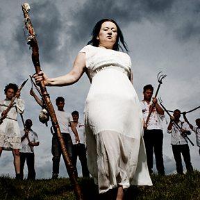 Eliza Carthy & The Wayward Band