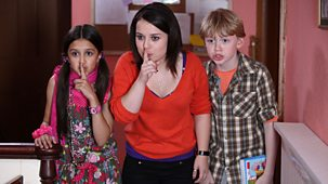 Tracy Beaker Returns - Series 1 - Anarchy In The Dg