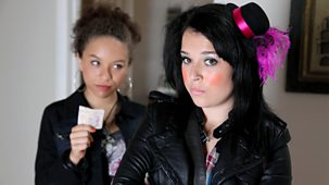 Tracy Beaker Returns - Series 2 - Refugees