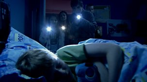 Tracy Beaker Returns - Series 2 - The Scare Game