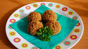 I Can Cook On The Go - Thai Green Turkey Balls And Playground Games