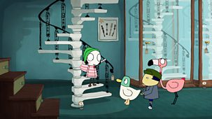 Sarah & Duck - Scared Of Stairs