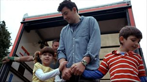 Topsy And Tim - Series 1 - Moving House