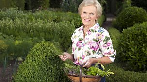 Mary Berry Cooks - Sunday Lunch