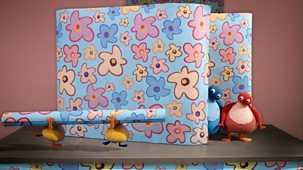Twirlywoos - 13. Wrapping