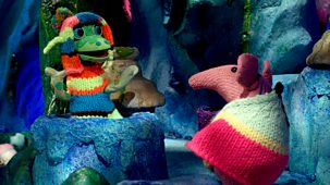 Clangers - 4. The Knitting Machine