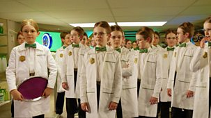 Odd Squad - 13. Oscar And The Oscarbots