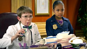 Odd Squad - 28. Invasion Of The Body Switchers