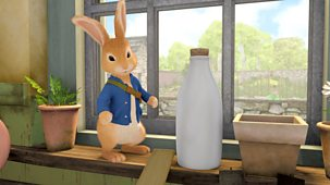 Peter Rabbit - Series 2: 44. The Tale Of The Spilled Milk