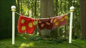 In The Night Garden - Series 1 - Windy Day In The Garden