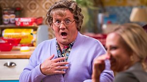 Mrs Brown's Boys - Christmas Specials 2016: 2. Chez Mammy