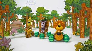 Raa Raa The Noisy Lion - Series 3: 16. Raa Raa And The Speedy Racers