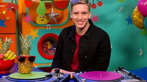 Cbeebies Bedtime Stories - 641. George Ezra - Kitchen Disco