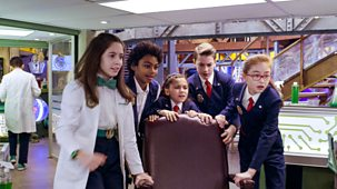Odd Squad - Series 2: 49. Hands On A Desk Chair