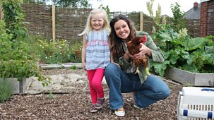 Ferne And Rory's Vet Tales - Series 2: 2. Sally The Chicken