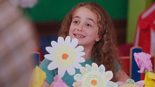 Molly And Mack - Series 1: 12. The Flower Display