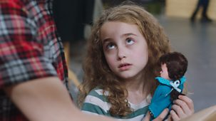 Molly And Mack - Series 1: 16. The Best Doll