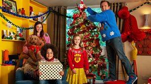 Waffle The Wonder Dog - Series 3: 1. Waffle's First Christmas
