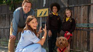 Waffle The Wonder Dog - Series 3: 5. Waffle's School Walkies