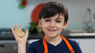 My World Kitchen - Series 3: 6. Mateo's Chilean Sopaipillas With Pebre