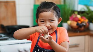My World Kitchen - Series 3: 9. Choekyi's Tibetan Spinach Momos