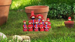 In The Night Garden - Series 1 - Hiding In Flowerpots